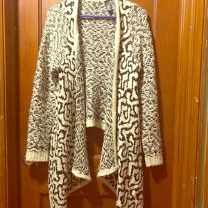 BKE Boutique wool cardigan size medium!